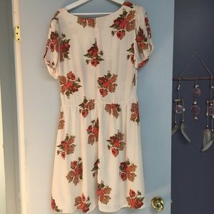 Topshop Dresses - Topshop floral dress